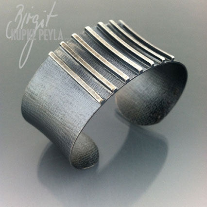 Cuffbracelet jewelry made by Birgit Kupke-Peyla
