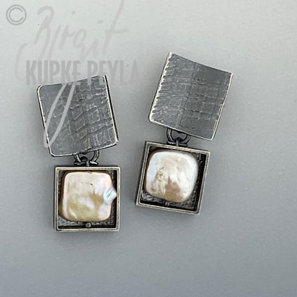Square Pearl Dagle Post Earrings