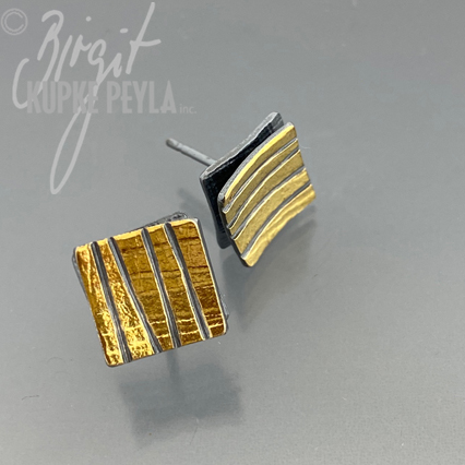 Small Earring Studd with Stipes