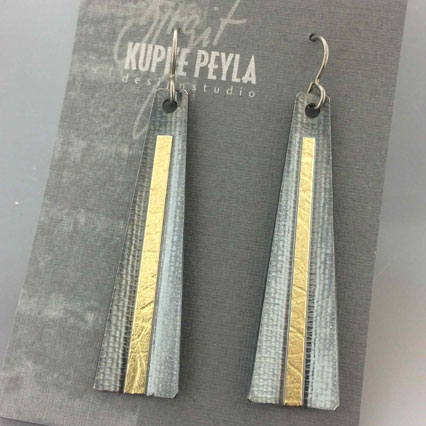 Dangle Earrings in oxidized Sterling Silver with gold accent