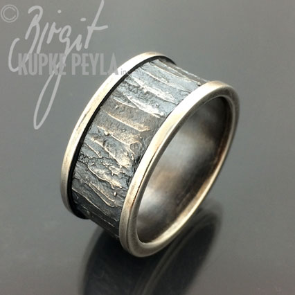 Ring made in Sterling Silver by Birgit Kupke-Peyla